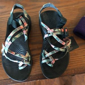 Woman's size 7 chacos.